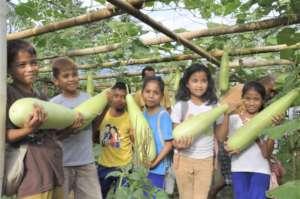 Kasambuhan Village ES Students - May