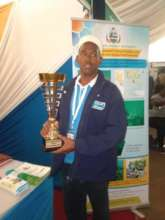 Mr. Abubakar with the Innovative Award for Kenya