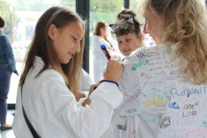 Give girls a greenlight in STEM around the world!
