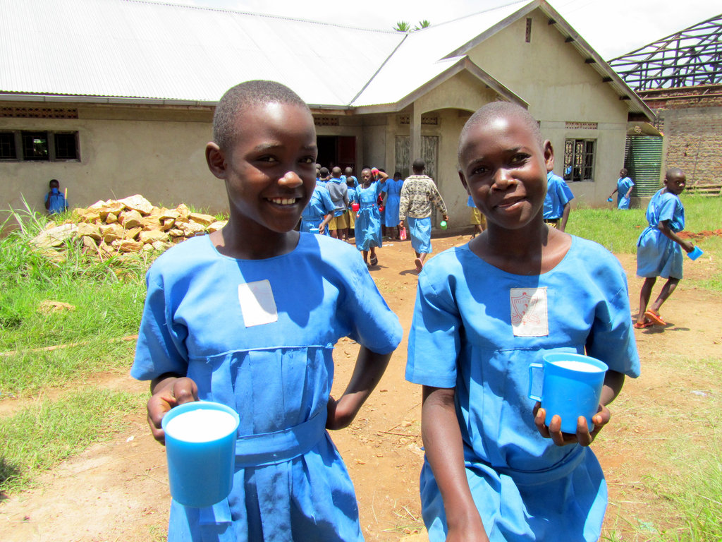 Sanitary Pads Keep Ugandan Girls in School