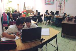 Fifth grade students in English/ICT class