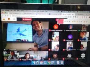 Online classes with international volunteers