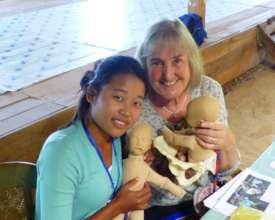 UK midwife teaching essential midwifery skills