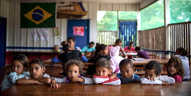 Support Literacy for Brazilian Children