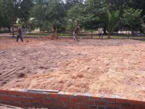 Landfilling (to prevent flooding) in Run Ta Ek