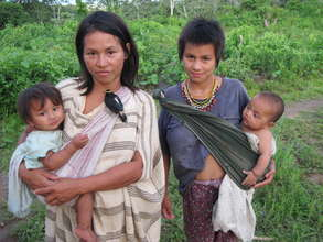 Mothers and children of Tayakome.
