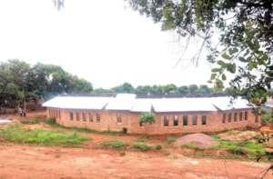Roof going on to the Kimbilio Primary School