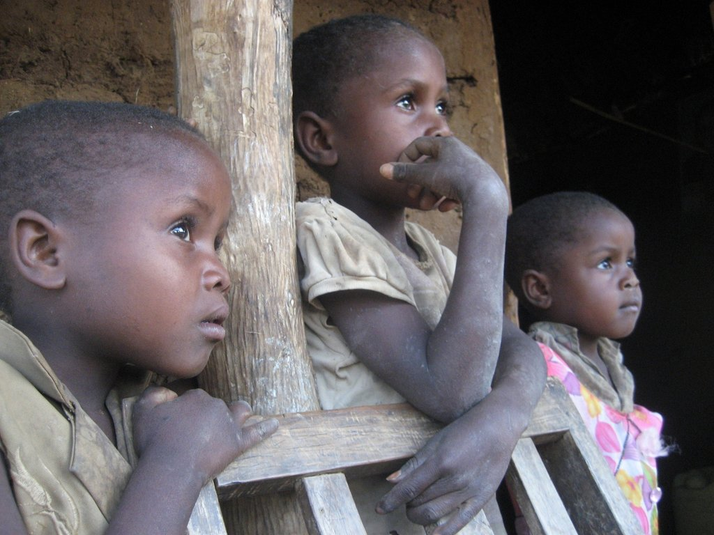 Feed hungry children in Kenya