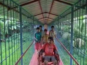 Rehabilitate 250 disabled children in India