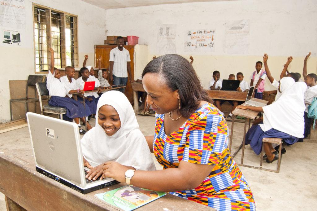Mobile Computer Lab for Public Primary Schools