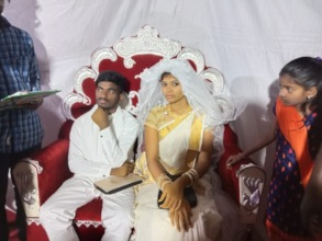 Vinod and Shruthi getting married.