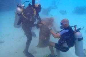 Under water clean up