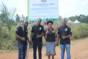 School Farms Volunteers on Farmers Day Celebration