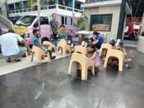 Street kids able to attend their online classes