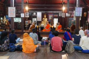 Students Listen on to Phra Paisal