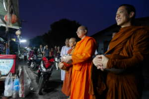 Alms Round at Songdhammakalyani Monastery