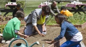 Healey student gardeners with Mrs. Obama