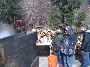 2nd graders at the Maple Syrup Boil Down!