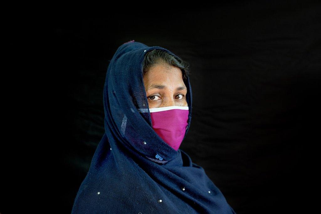 Support Rohingya refugee women