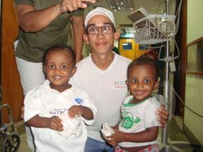 SAI Volunteer provides joy to children in hospital