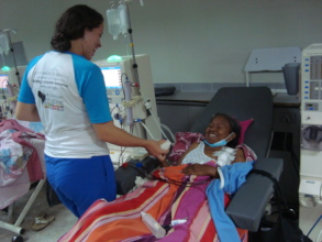 SAI volunteer delivers lunch to dialysis patient