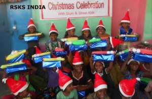 Diwali; Joy of Giving to slum kids in india