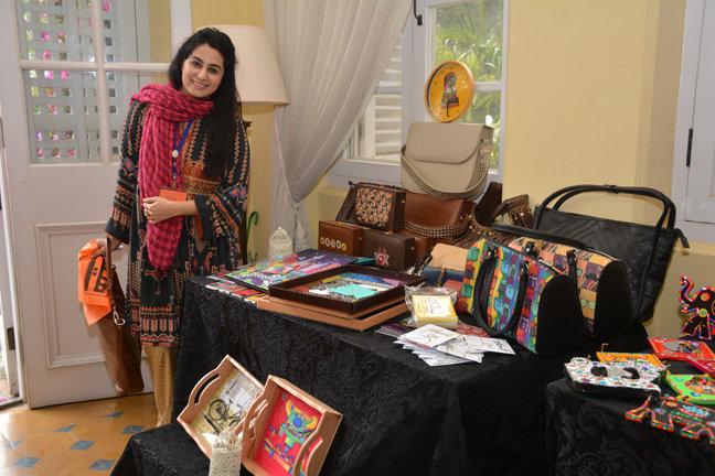 Help Train & Develop Women Trading in Pakistan