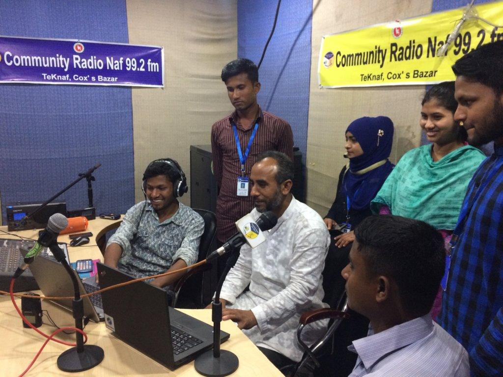 Get Lifesaving Information to Rohingya Refugees