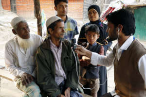 Get Lifesaving Information to Rohingya Refugees