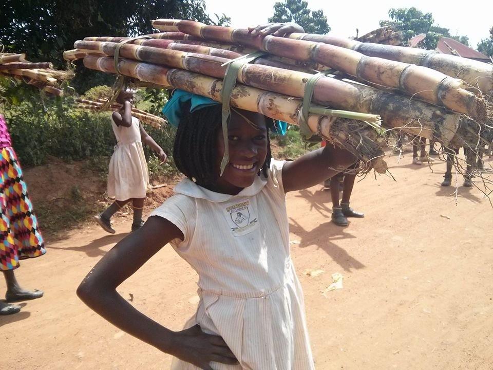 Christmas gifts for 100 poor children in Uganda