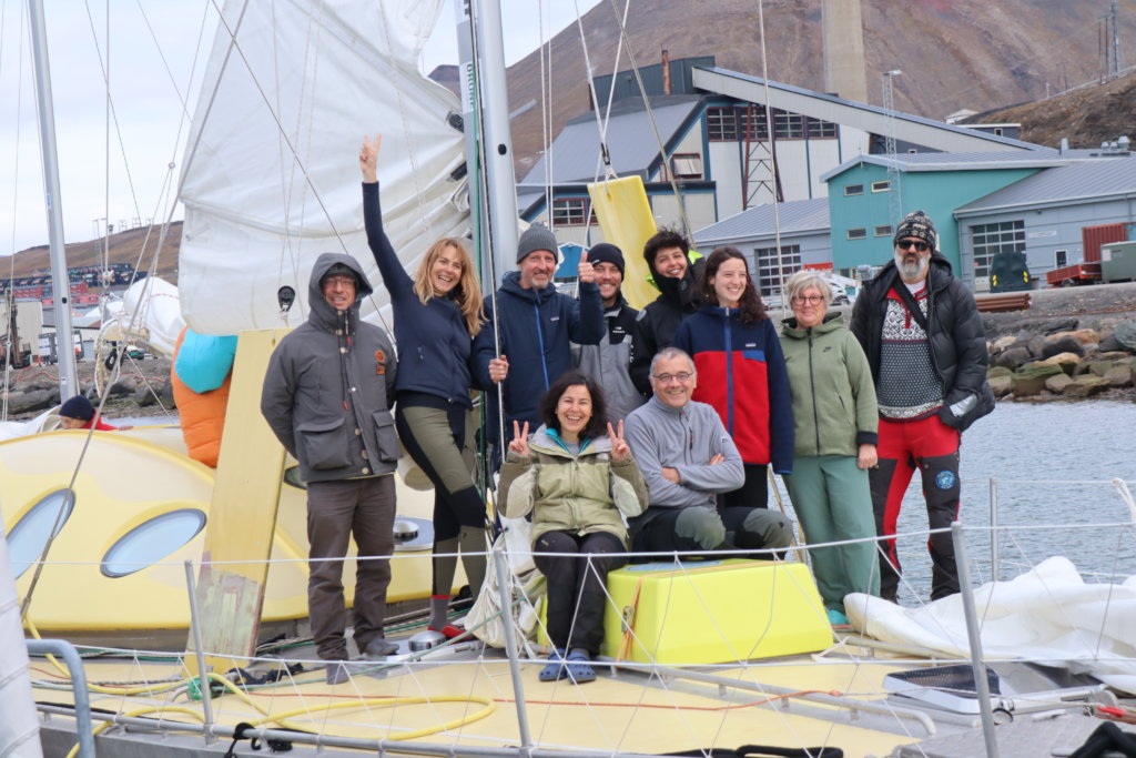 Polar expedition to free the oceans from plastic
