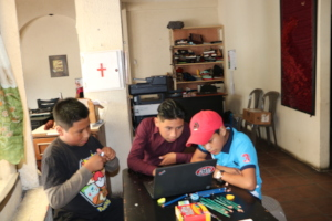 The brother Oliver and Misael learning new things