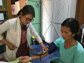 Graduate Nurse supporting Hope Clinic