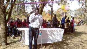 Project Leader delivers the program's massages