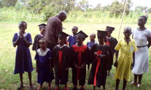 Gifts to pupils during graduation
