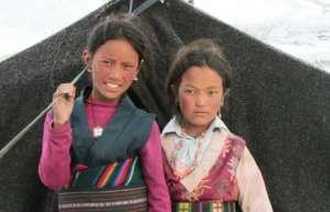Two Tsharka School students