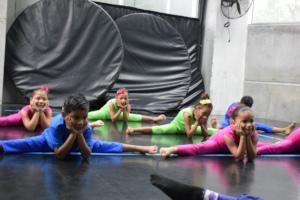 Kids at a contemporary dance class.