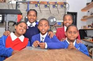 Nairobi schoolchildren visit our workshop