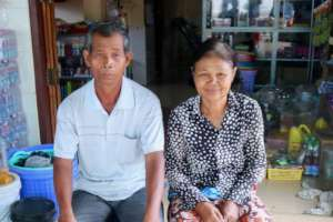 Noeth & Thy in front of their new shop