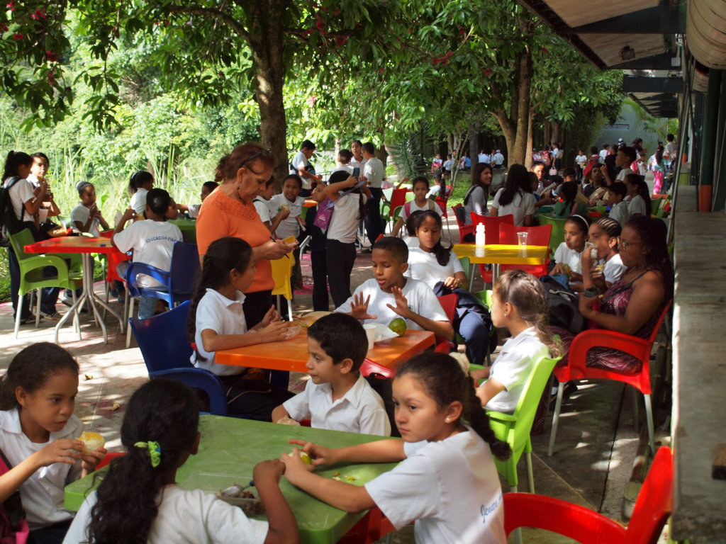 Arts and hope for 160 vulnerable Venezuelan kids