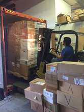 Luis loads VIDA container bound for Peru