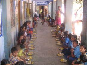 Nathdwara school children