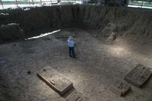 Taking 360 photo inside Mound 3