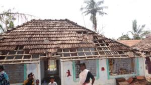 Loosing houses in Gaja