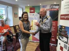 Mayor of Southend presenting Charter Award