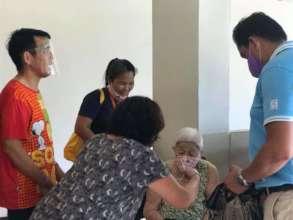 Free masks for the elderly