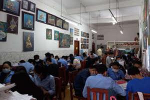 Art students  at full capacity