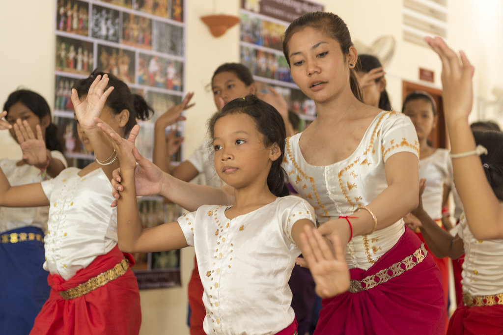 Arts for Cambodian Children & Orphans at Champey