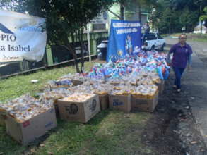 Delivery to all 141 displaced famlies