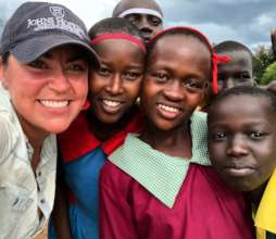 Peace Fellow Colleen (2018) and friends in Kenya